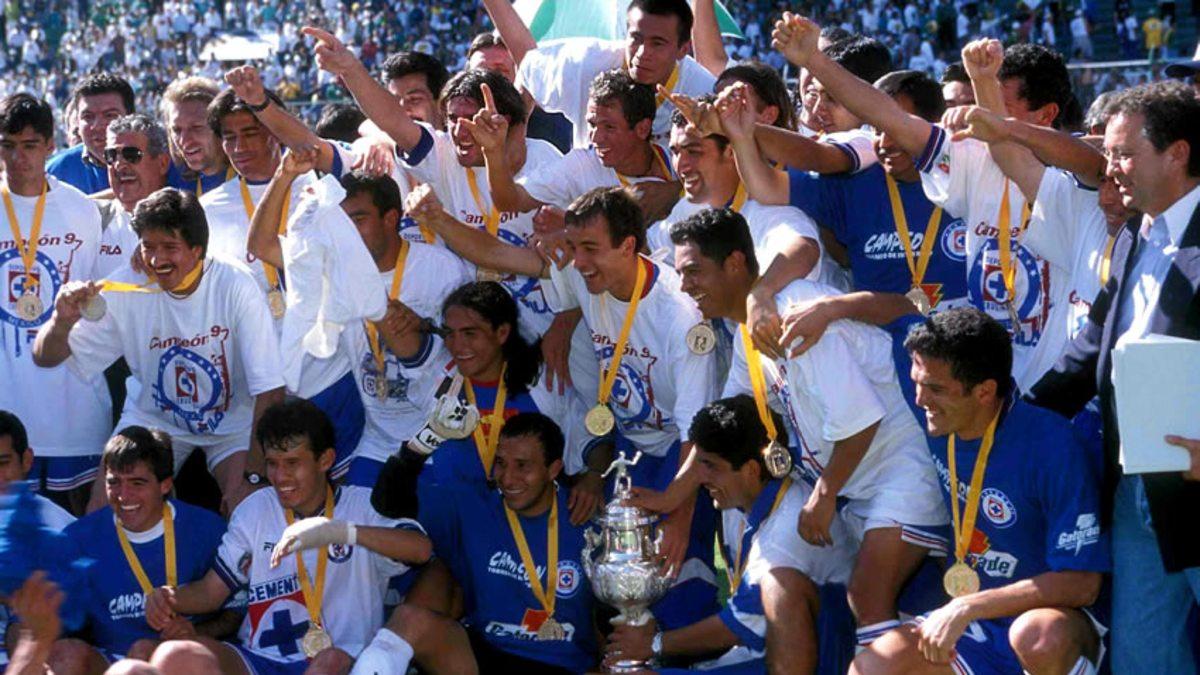 El último título de liga de Cruz Azul fue en 1997 (Foto: Medio Tiempo)