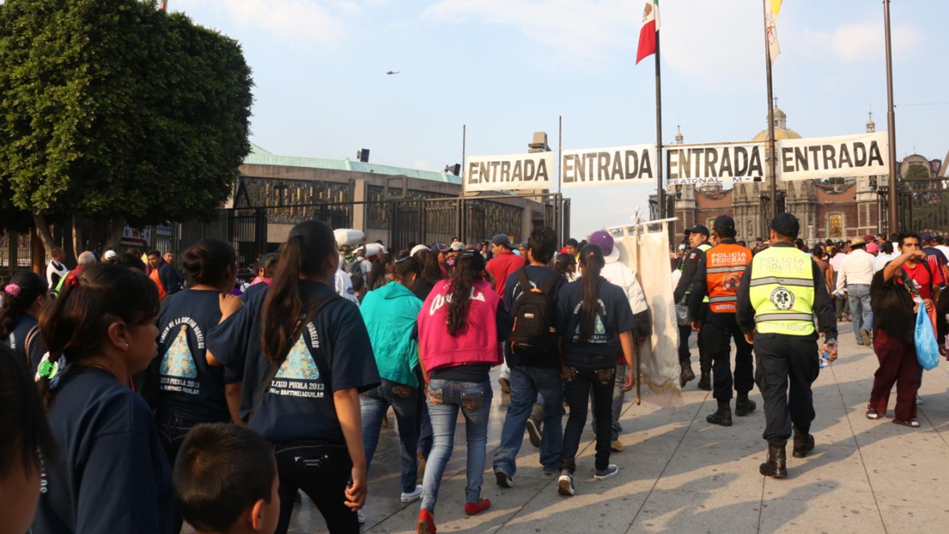 Cada año llegan a la Basílica de Guadalupe millones de peregrinos devotos a la Virgen del Tepeyac (Foto: Infobae México)