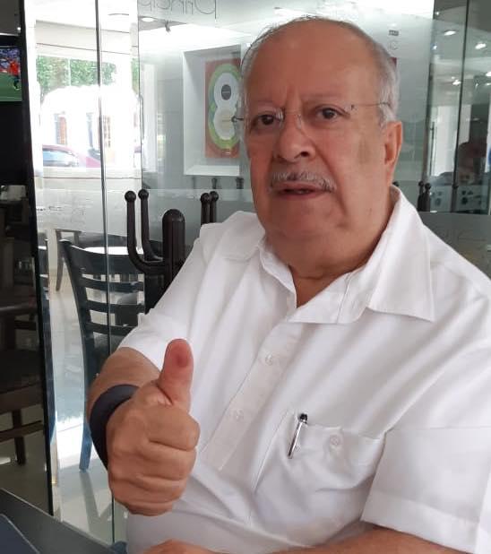 """Rafael Ochoa MartínezSe le conoce como """"El loco Ochoa"""" por interrumpir actos de compañeros (Foto: Facebook)"""