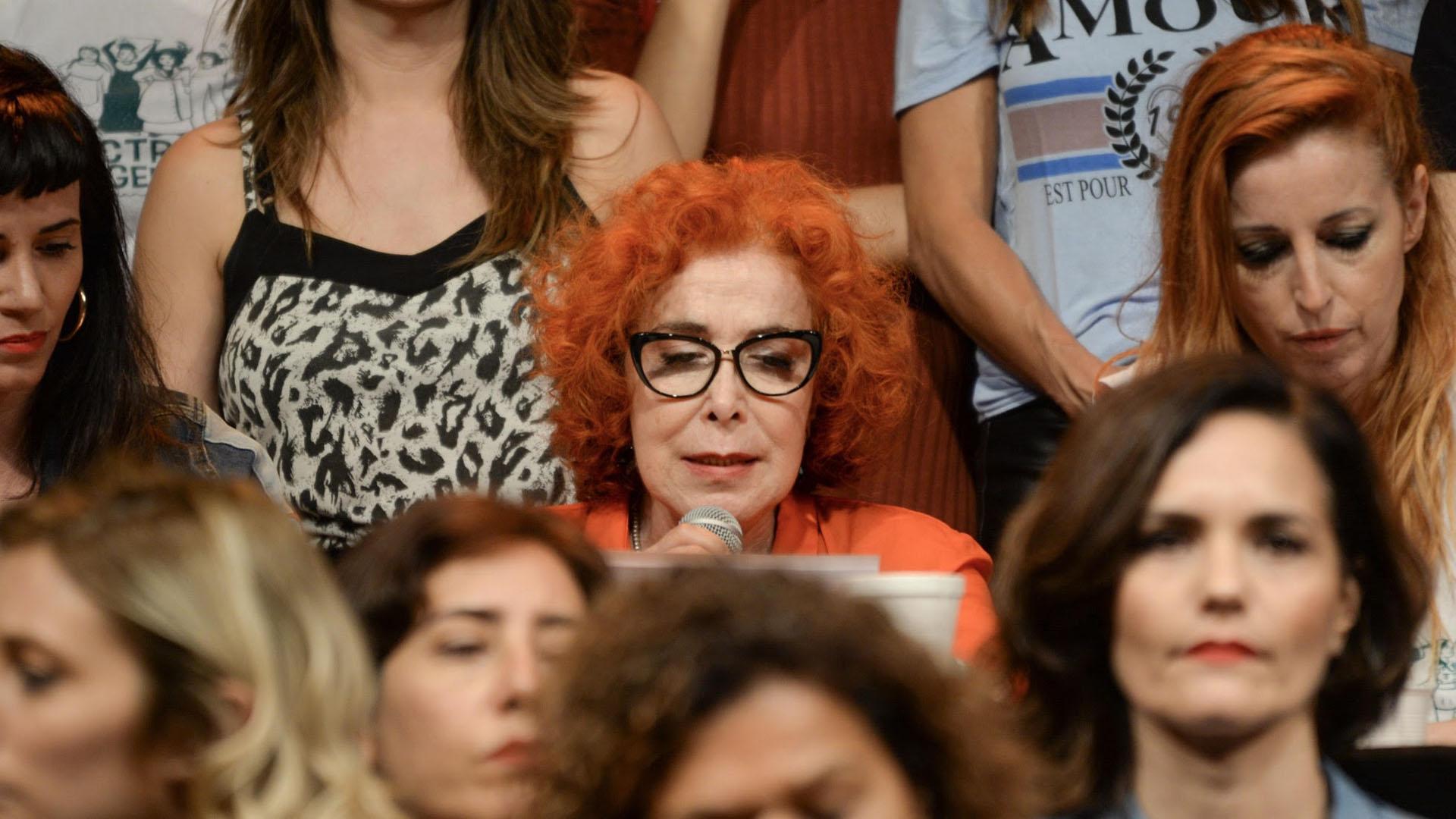 La actriz Mirta Busnelli, en otro de los momentos conmovedores de la jornada