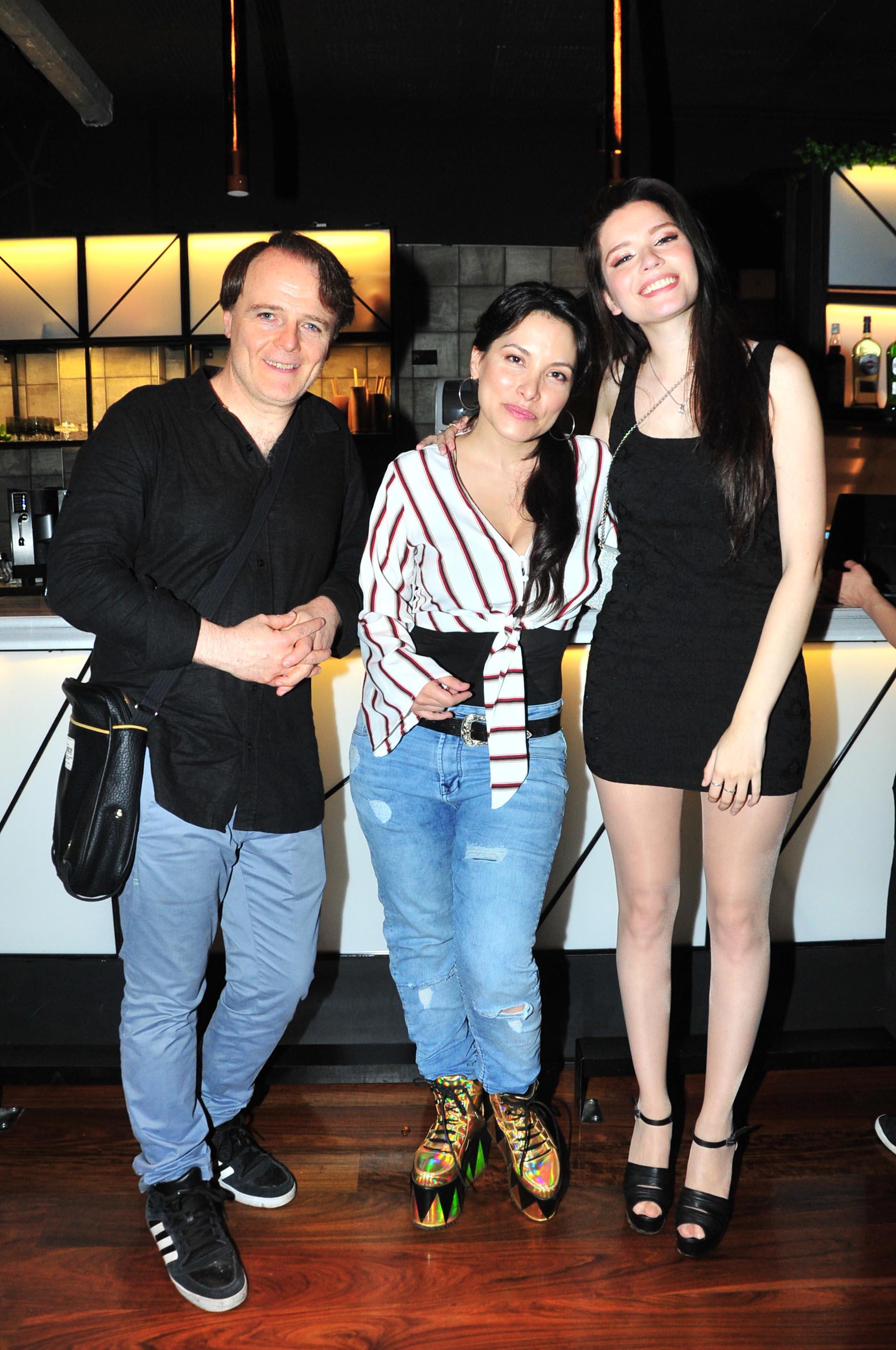 Luis Machín, Griselda Sánchez y Mica Suárez