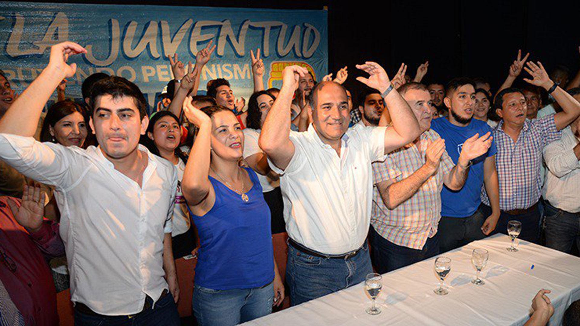El tucumano Juan Manzur fue autorizado por la justicia para adelantar los comicios en su provincia