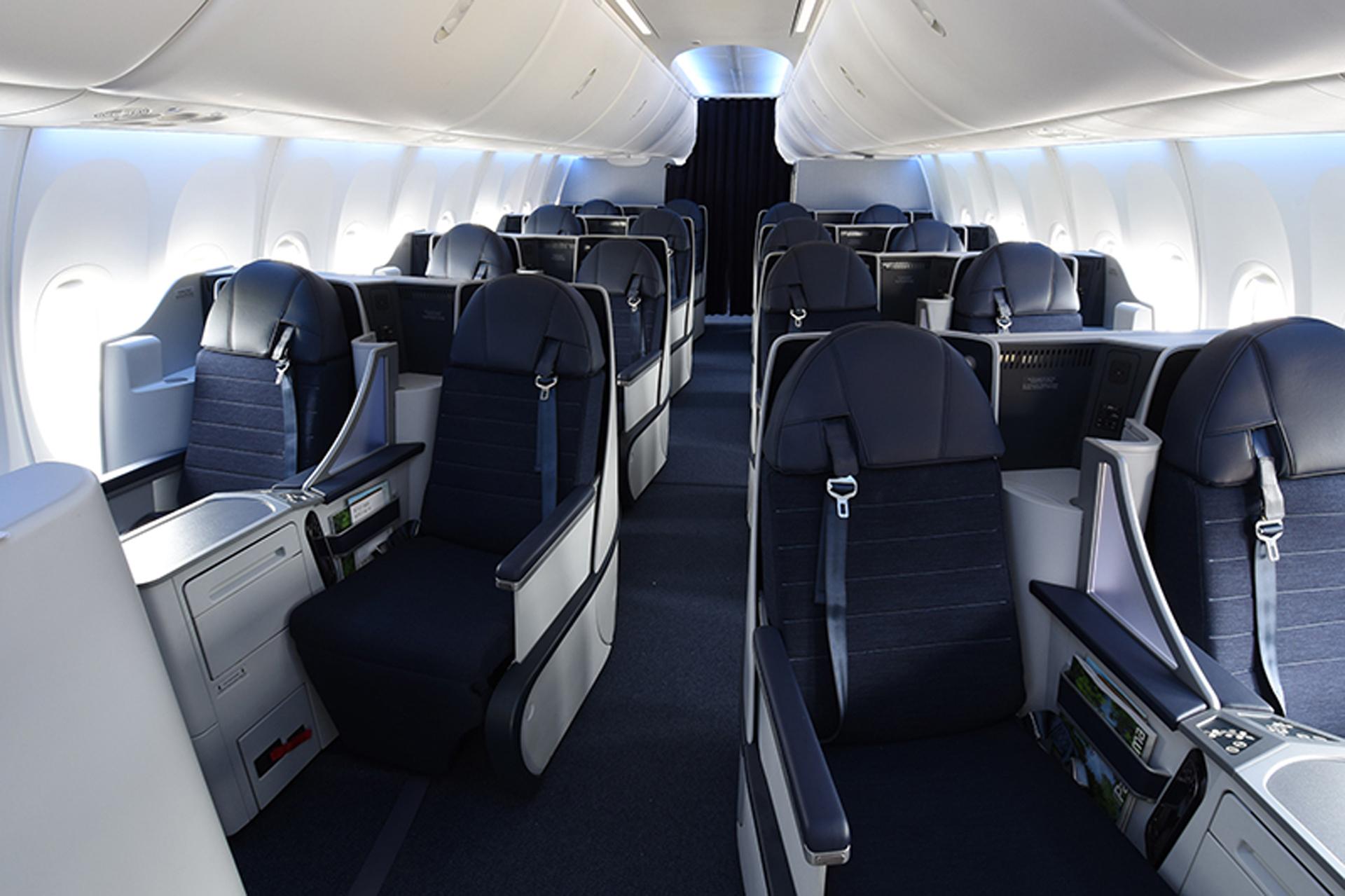 Copa Airlines presenta la moderna Clase Ejecutiva Dreams, con 16 asientos reclinables tipo cama.