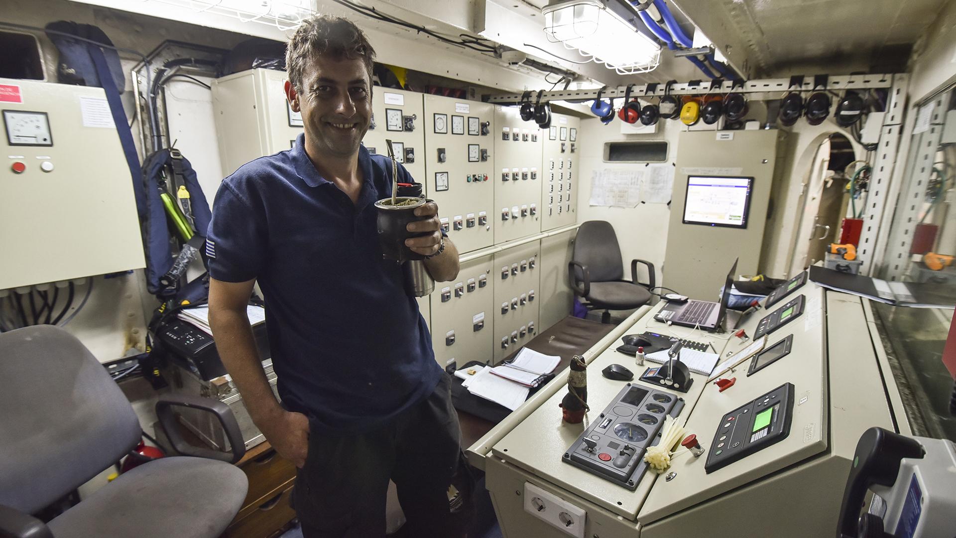 La sala de control en el cuarto de máquinas (Guillermo Llamos)