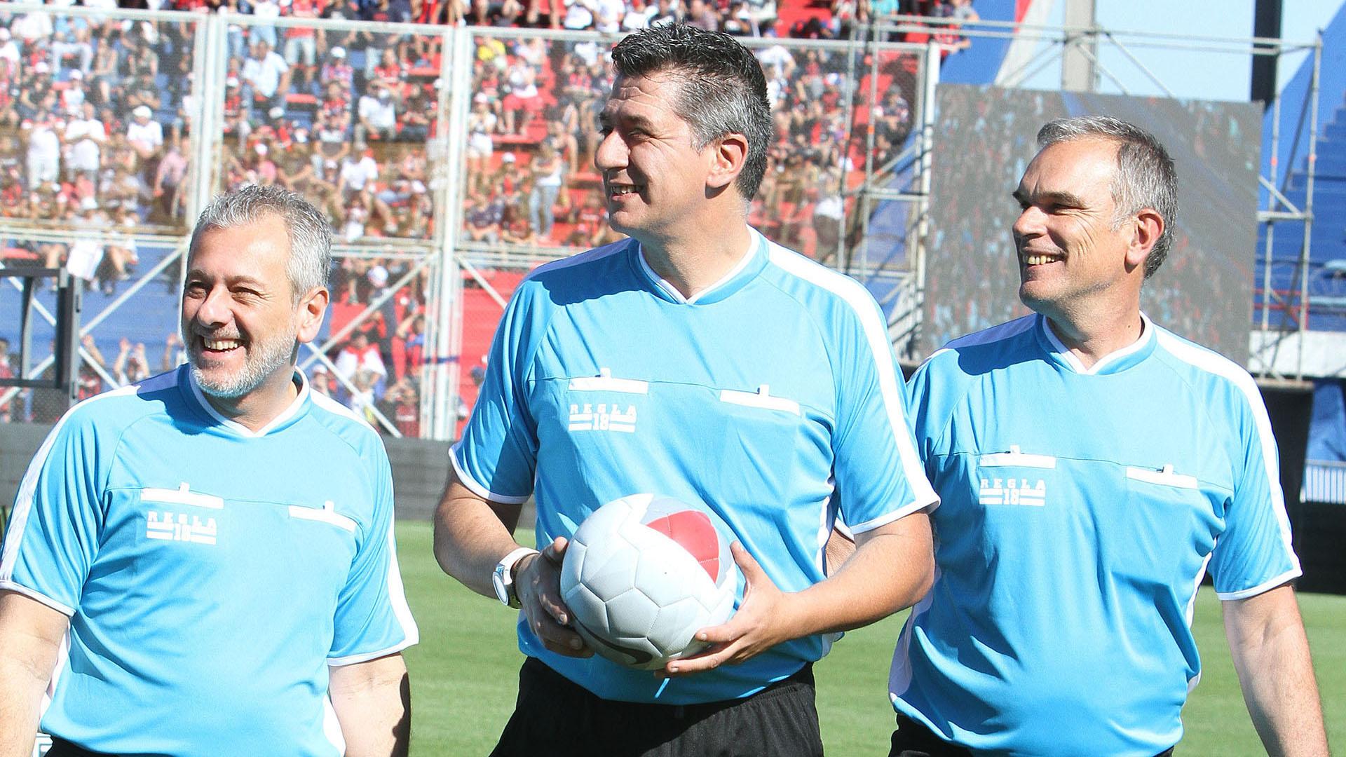 Carlos Maglio, reconocido hincha de San Lorenzo, fue el árbitro del encuentro (Matías Souto)