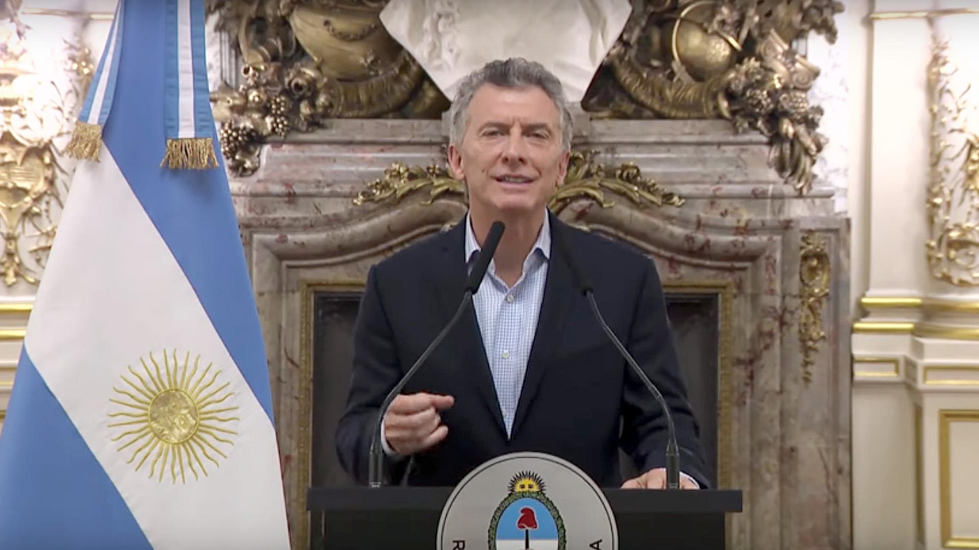 El presidente Mauricio Macri enfrenta tentaciones populistas este año electoral