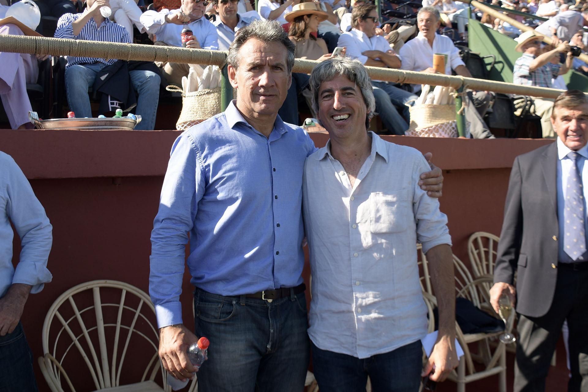 Rafael Cúneo Libarona y Delfín Uranga, vicepresidente de la Asociación Argentina de Polo