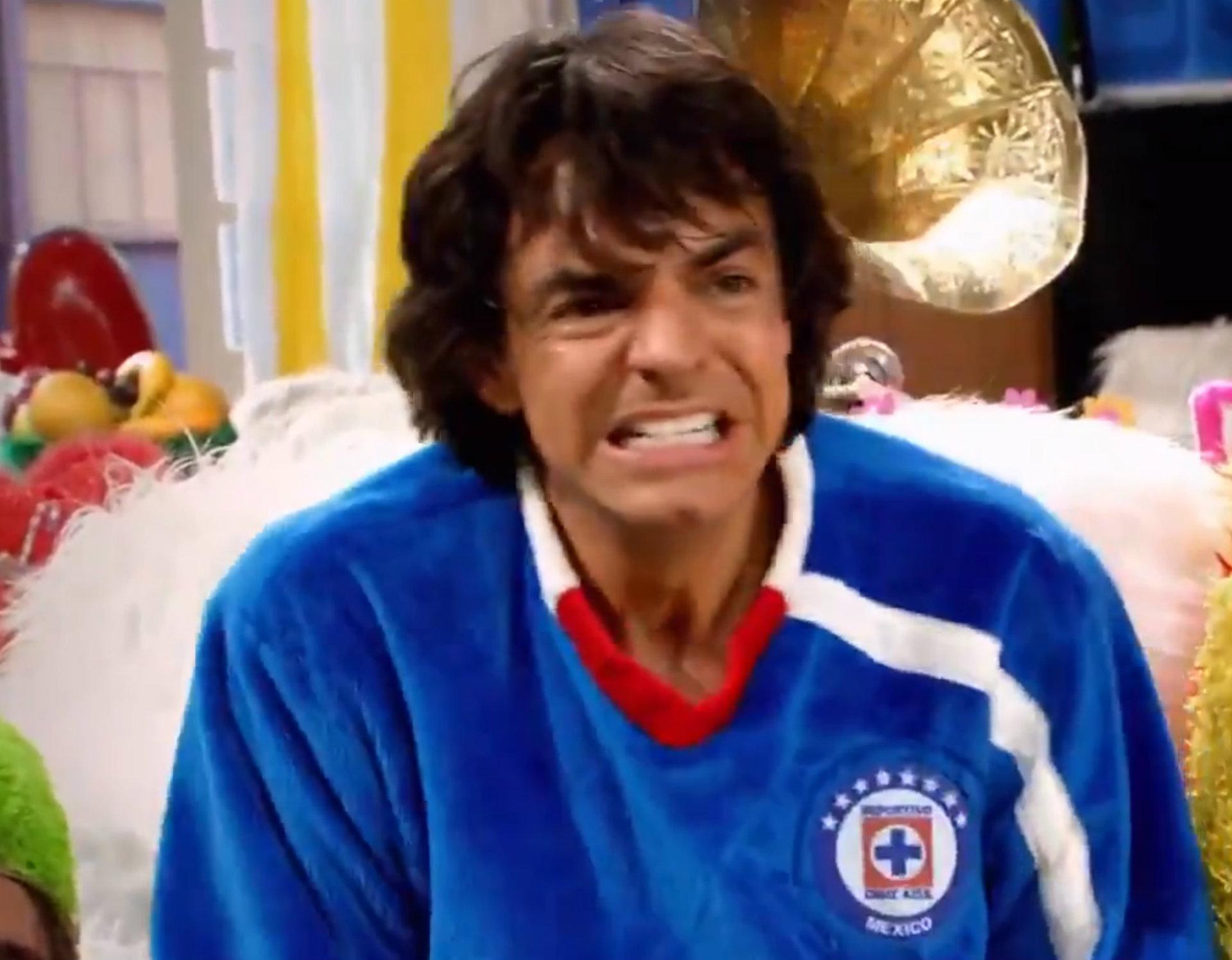 Derbez es uno de los aficionados más famosos del Cruz Azul (Foto: Twitter)