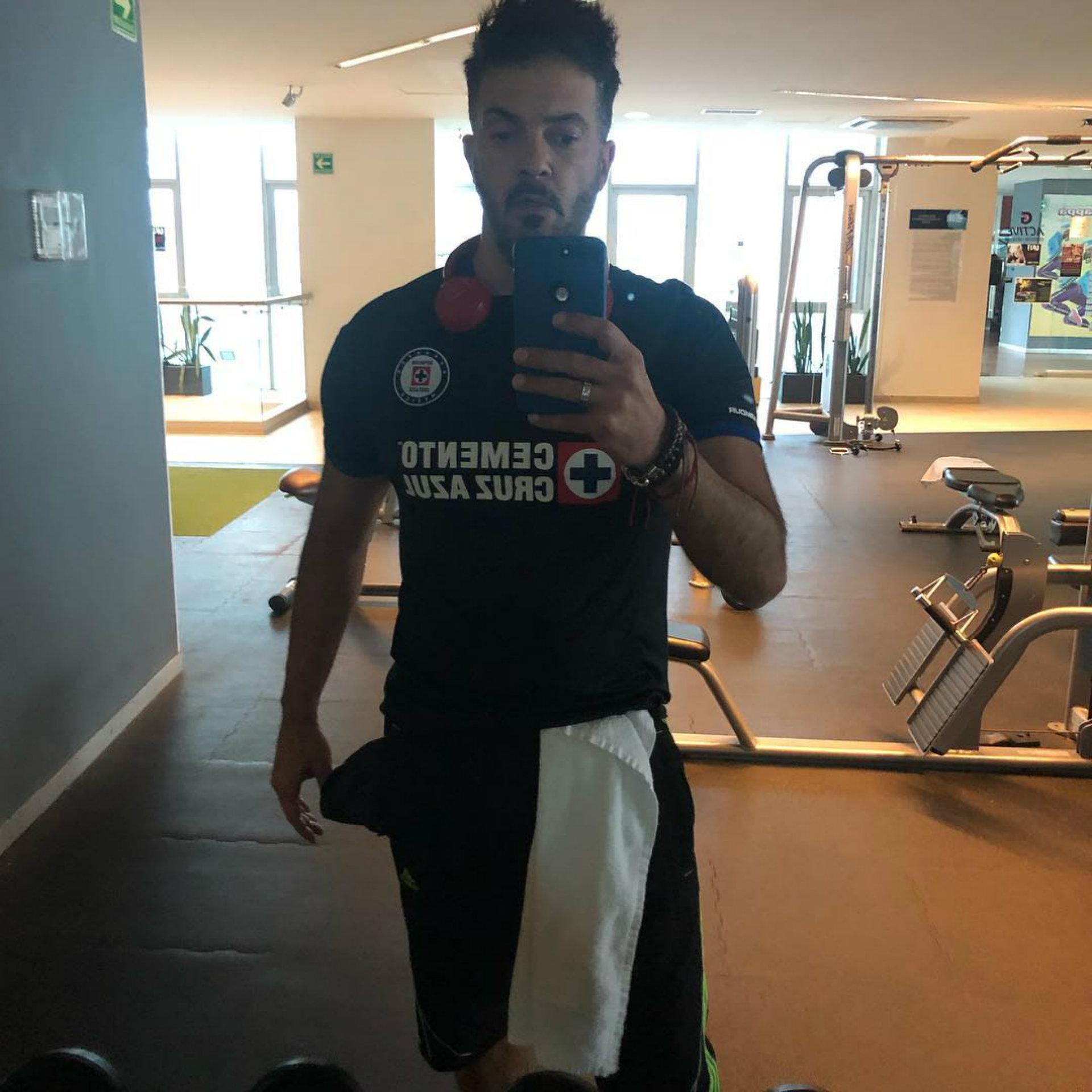 Fernando del Solar tendrá que pagar apuestas por la derrota del Cruz Azul (Foto: Instagram)