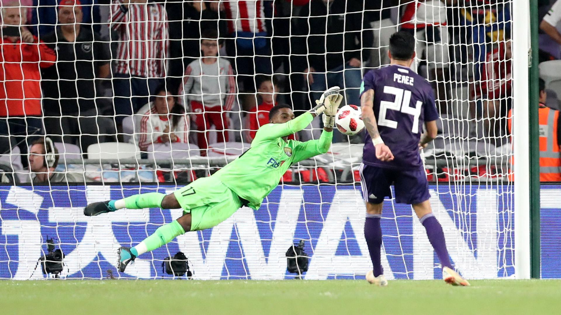 Khalid Eisa le ataja el último penal a Enzo Pérez y logra la clasificación a la final del Al Ain
