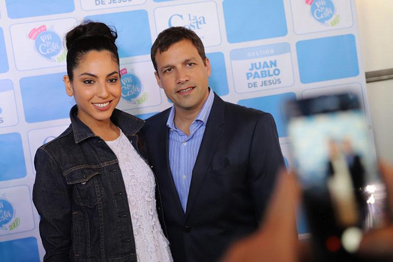 Juan Pablo De Jesús, intendente del Partido de La Costa, y su pareja la modelo Alexia Toumikian