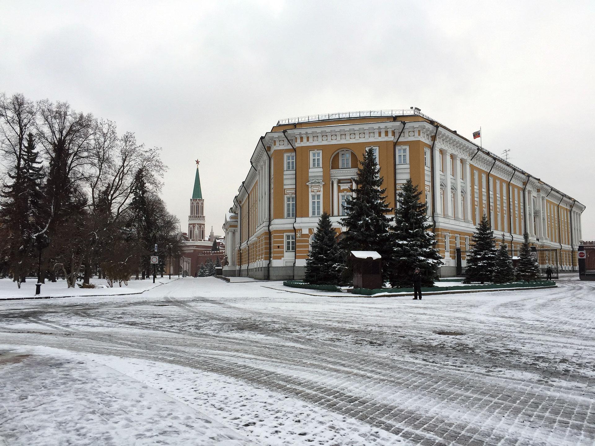 El Senado de Rusia y oficina del presidente, dentro del Kremlin