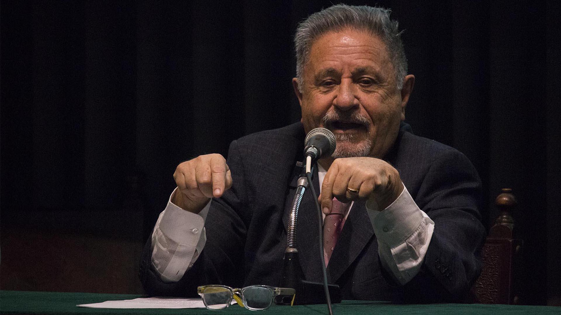 Eduardo Duhalde (Maria Eugenia Salgado)