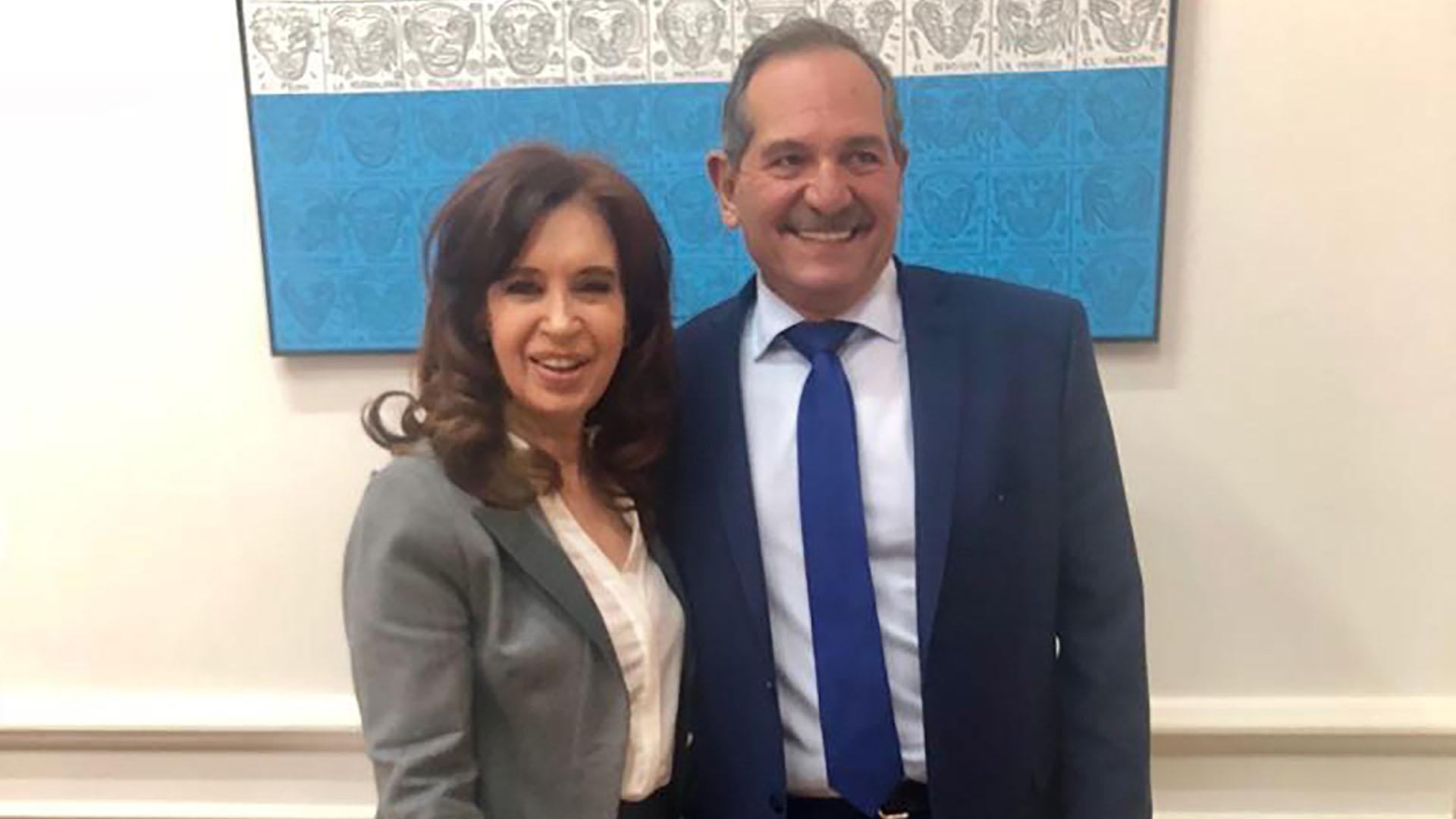 José Alperovich junto a Cristina Kirchner, que apoya su candidatura en Tucumán