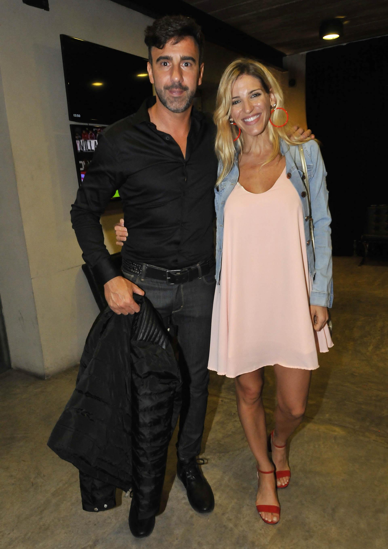 Fede Hoppe con su pareja Macarena Rinaldi