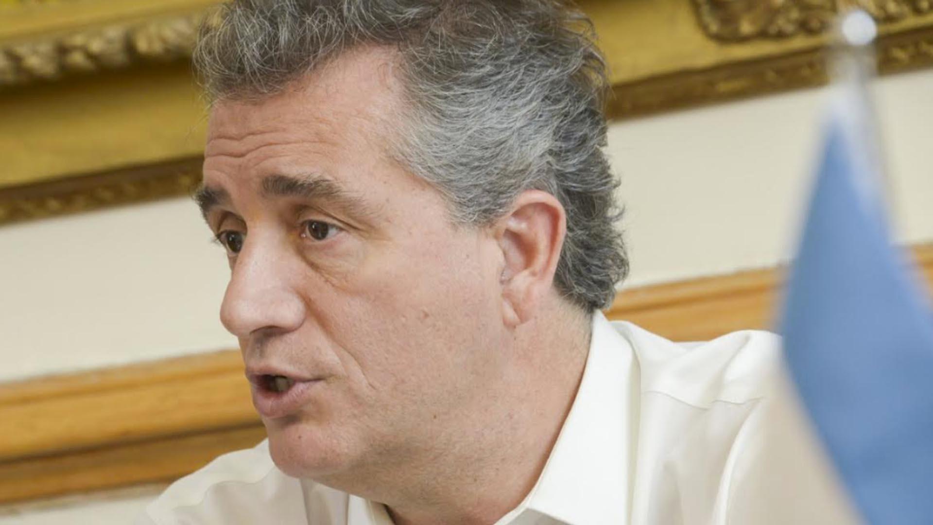 Luis Miguel Etchevehere, s