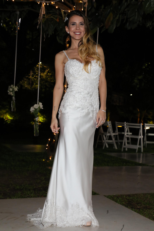 Katz luce su vestido blanco (Christian Bochichio)