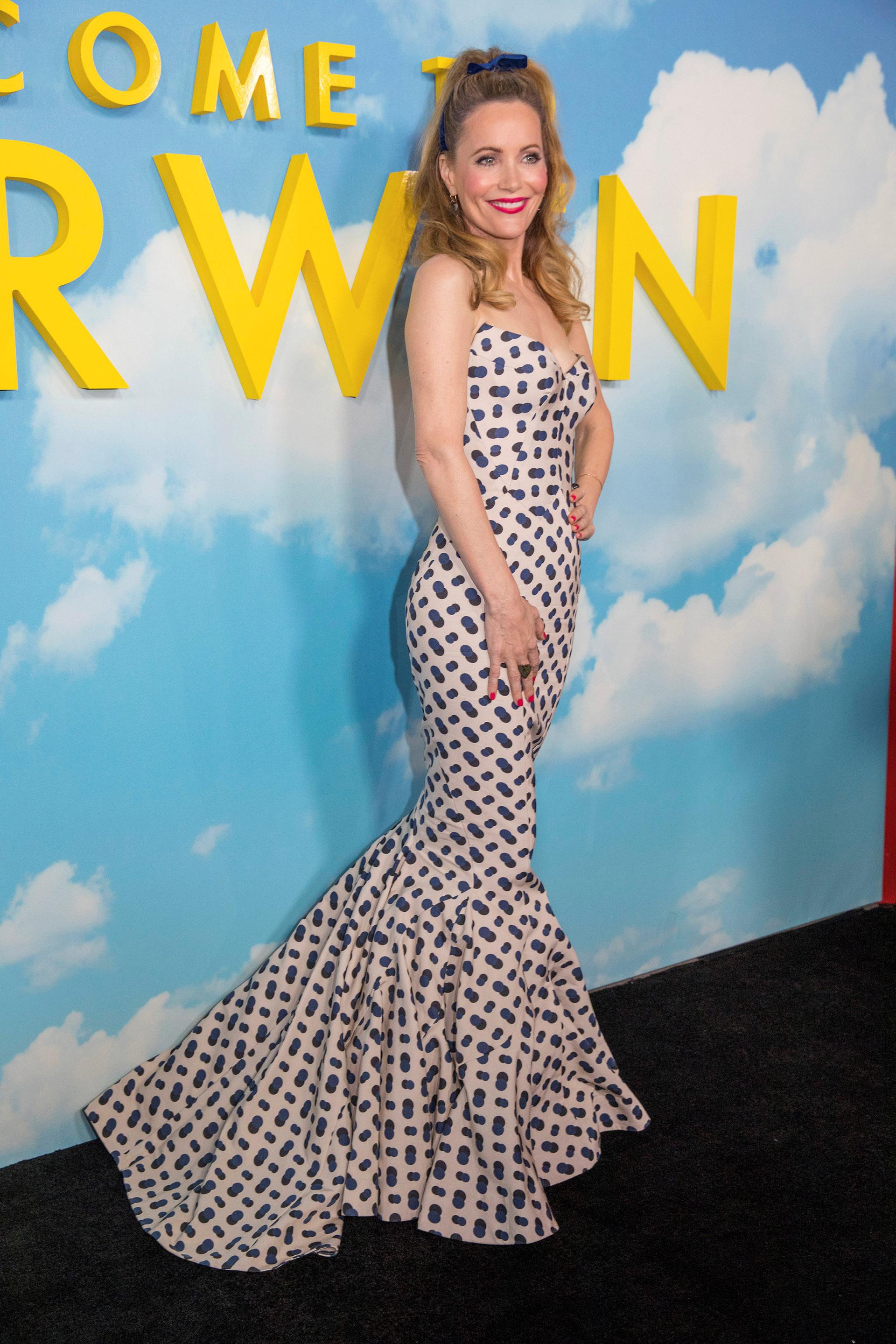 """Leslie Mann a su llegada a la premiere de """"Bienvenido a Marwen"""". La actriz se coronó como la mujer más elegante con este vestido strapless de corte sirena"""