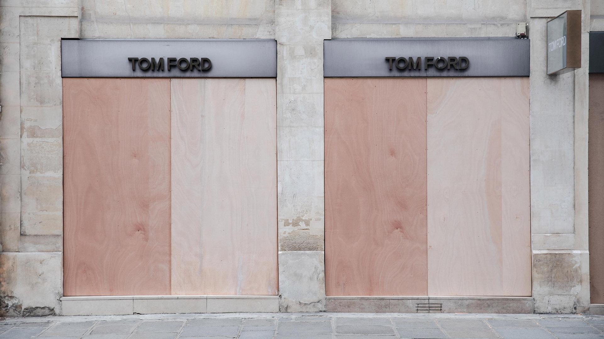 Tom Ford también protegió sus puertas