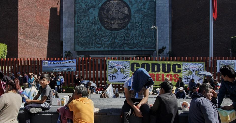 Desde el viernes, Antorcha Campesina mantiene bloqueado el Palacio Legislativo. (Foto: Cuartoscuro)