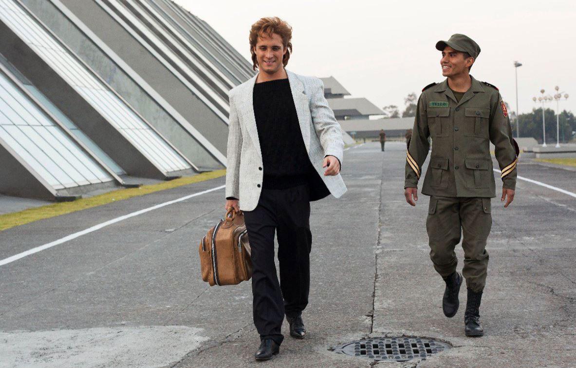 """Luis Miguel y """"el cadete Tello"""" crearon una buena relación (Foto: Netflix)"""