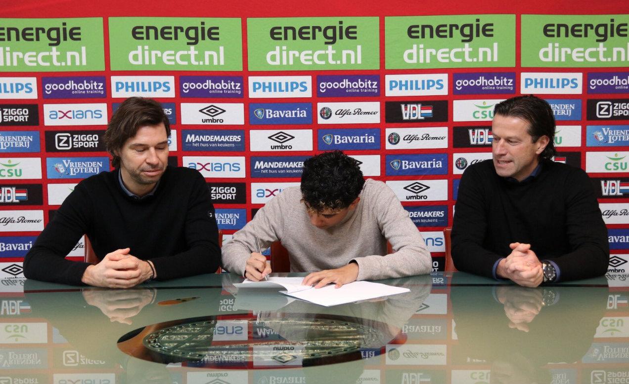 El mediocampista firmó su nuevo contrato el viernes pasado (Foto: @richydezma)