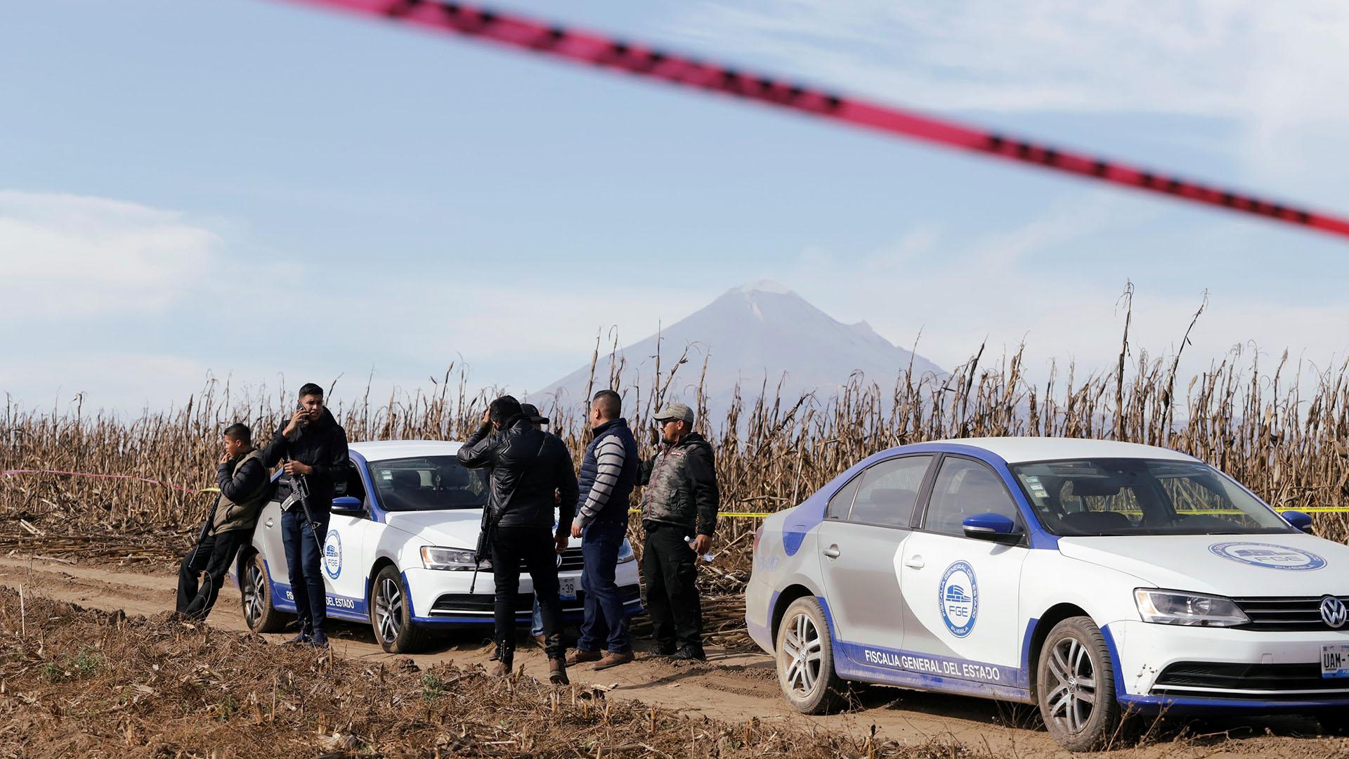 Lugar donde cayó el helicóptero donde viajaba la gobernadora de Puebla y su esposo(Foto: REUTERS/Imelda Medina)