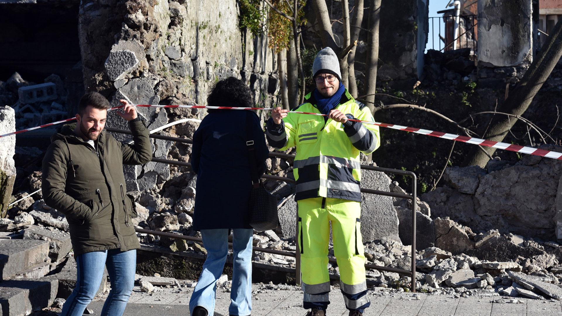Importantes carreteras fueron cerradas (AFP)