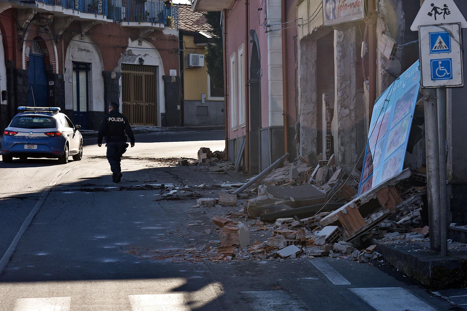 El espacio aéreo siciliano pasó varias horas cerrado (AFP)
