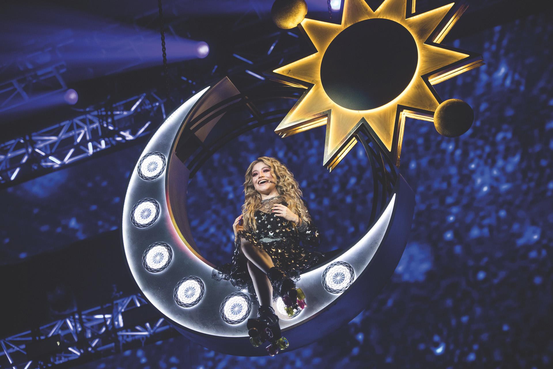 Luna en pleno show