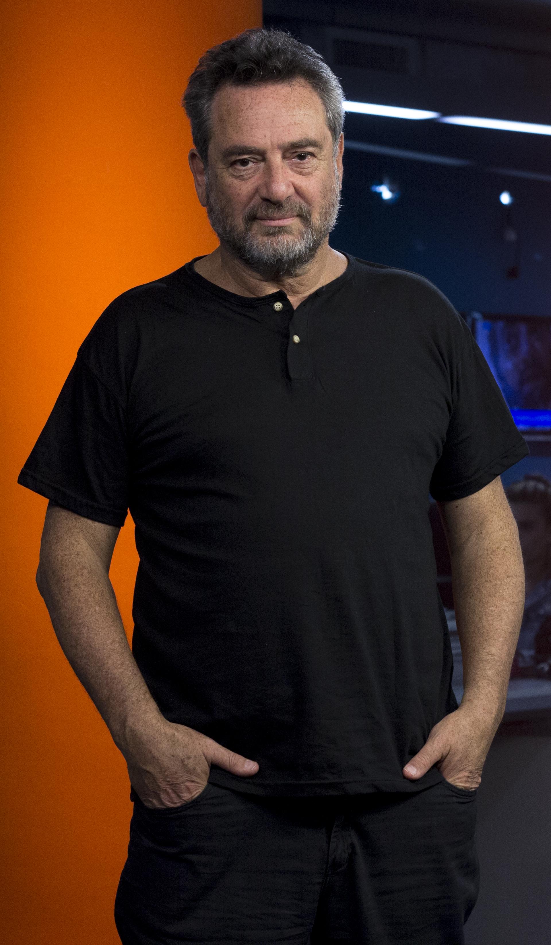 Daniel Guebel (Santiago Saferstein)