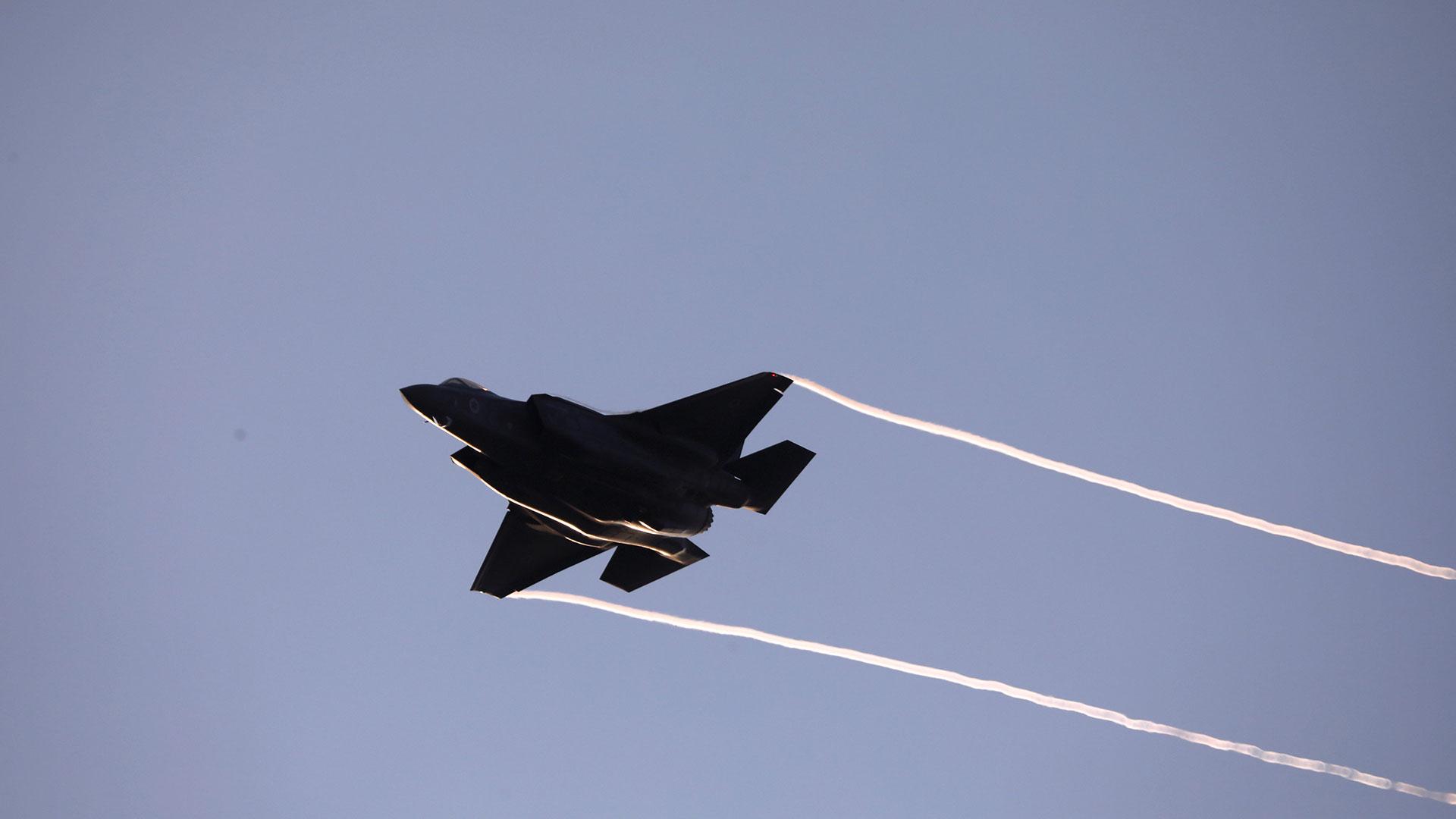 Un Lockheed Martin F-35 Lightning II, el avión más avanzado de los arsenales de Estados Unidos y vendido también a Israel (Reuters)