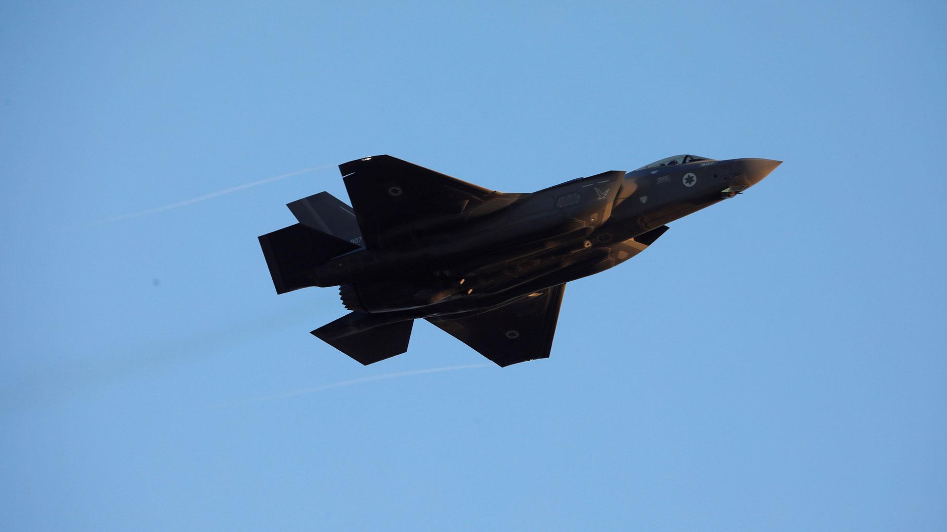 Un caza furtivo F-35 de la fuerza aérea israelí (Reuters)
