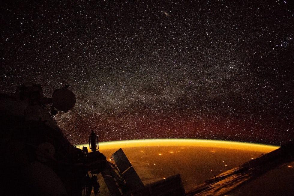 La Tierra vista desde la Estación Espacial Intencional durante un paso sobre Australia (ESA/NASA)