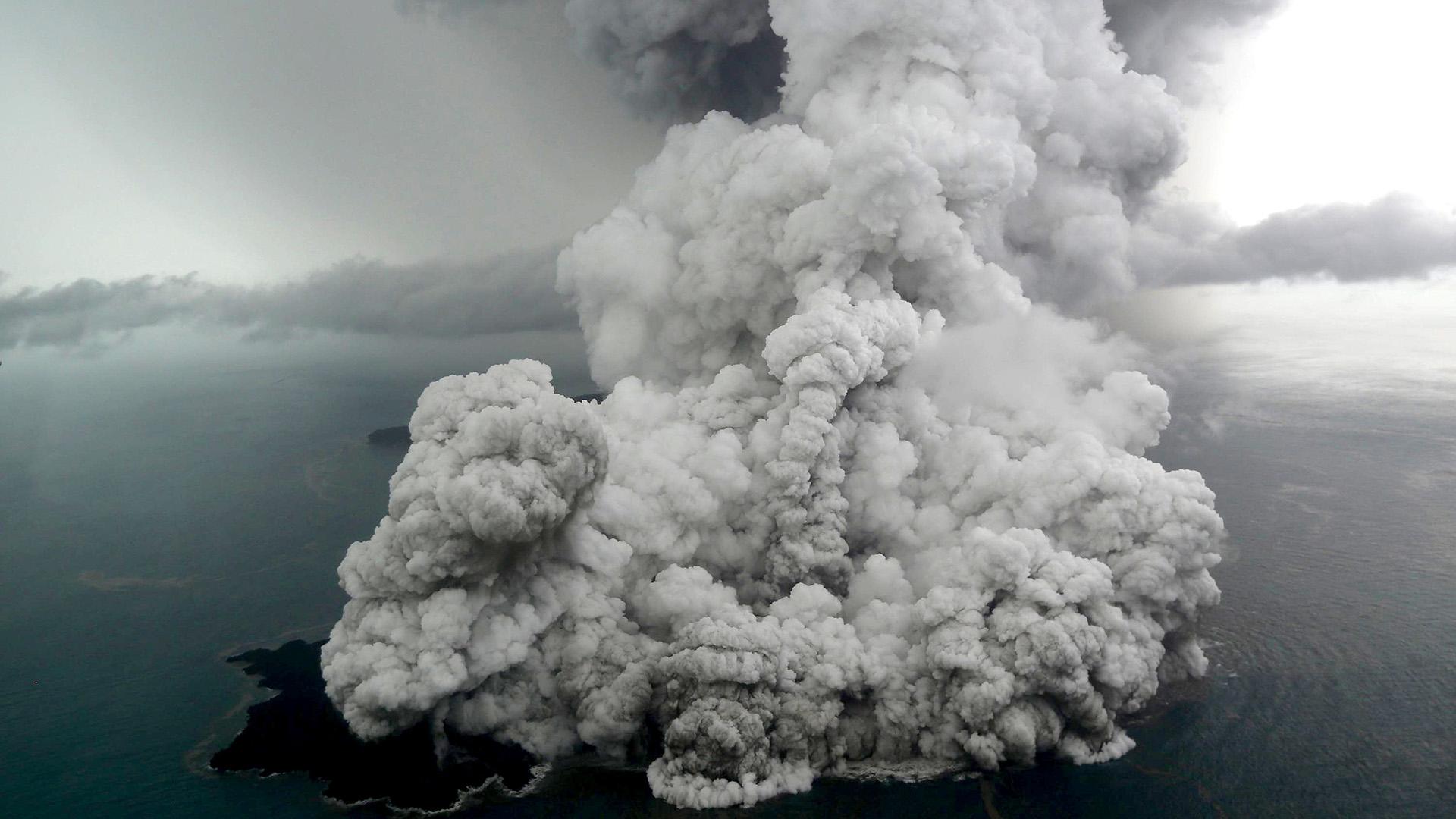 El tsunami generó más de 400 muertos en Indonesia(Nurul HIDAYAT / BISNIS INDONESIA / AFP)