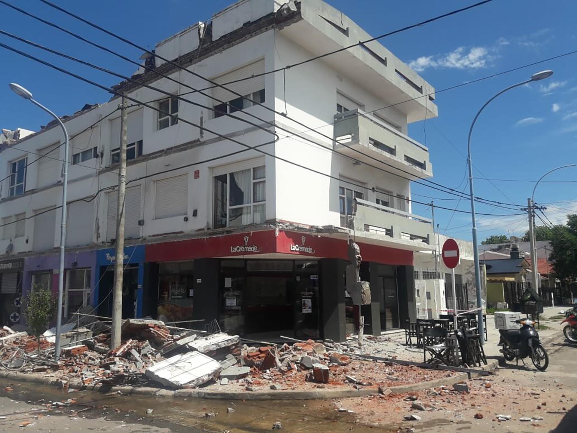 """Las pericias hablan de """"Irregularidad estructural"""" en la construcción del edificio"""