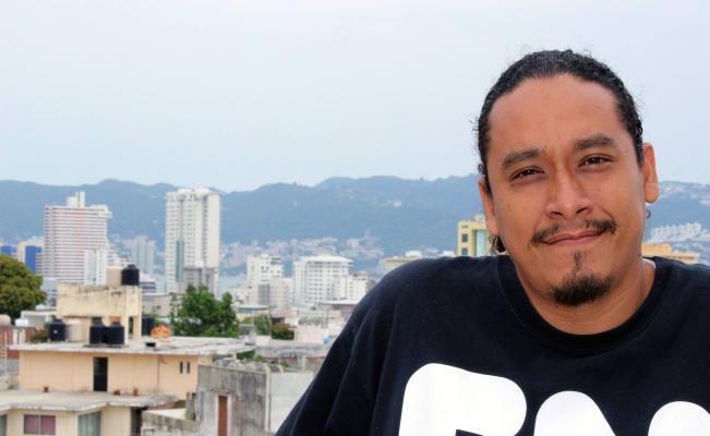 Gabriel Soriano trabajaba como locutor en la estación Radio y Televisión de Guerrero (Foto: Facebook Gabriel Soriano Kuri)
