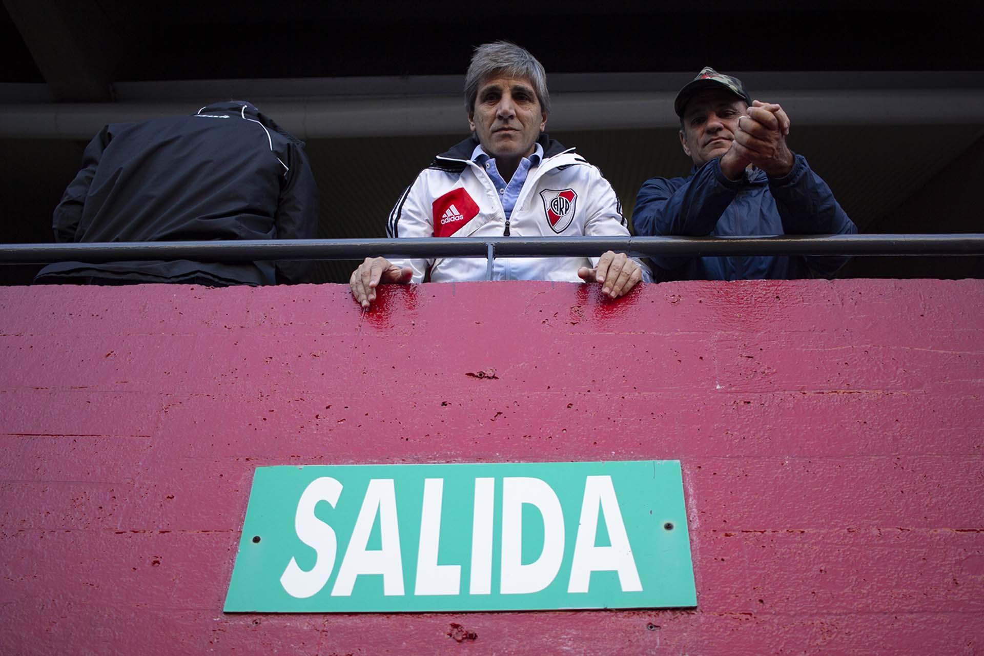 El presidente del Banco Central Luis Caputo en el Estadio Monumental (Matías Baglietto)