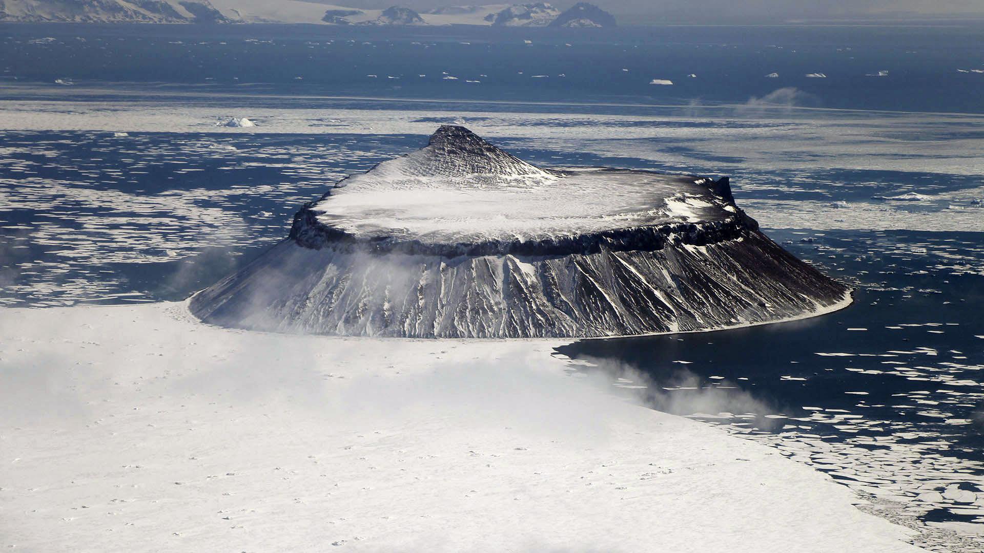 La isla de Cockburn en la Antártida (Thomas Khazki)