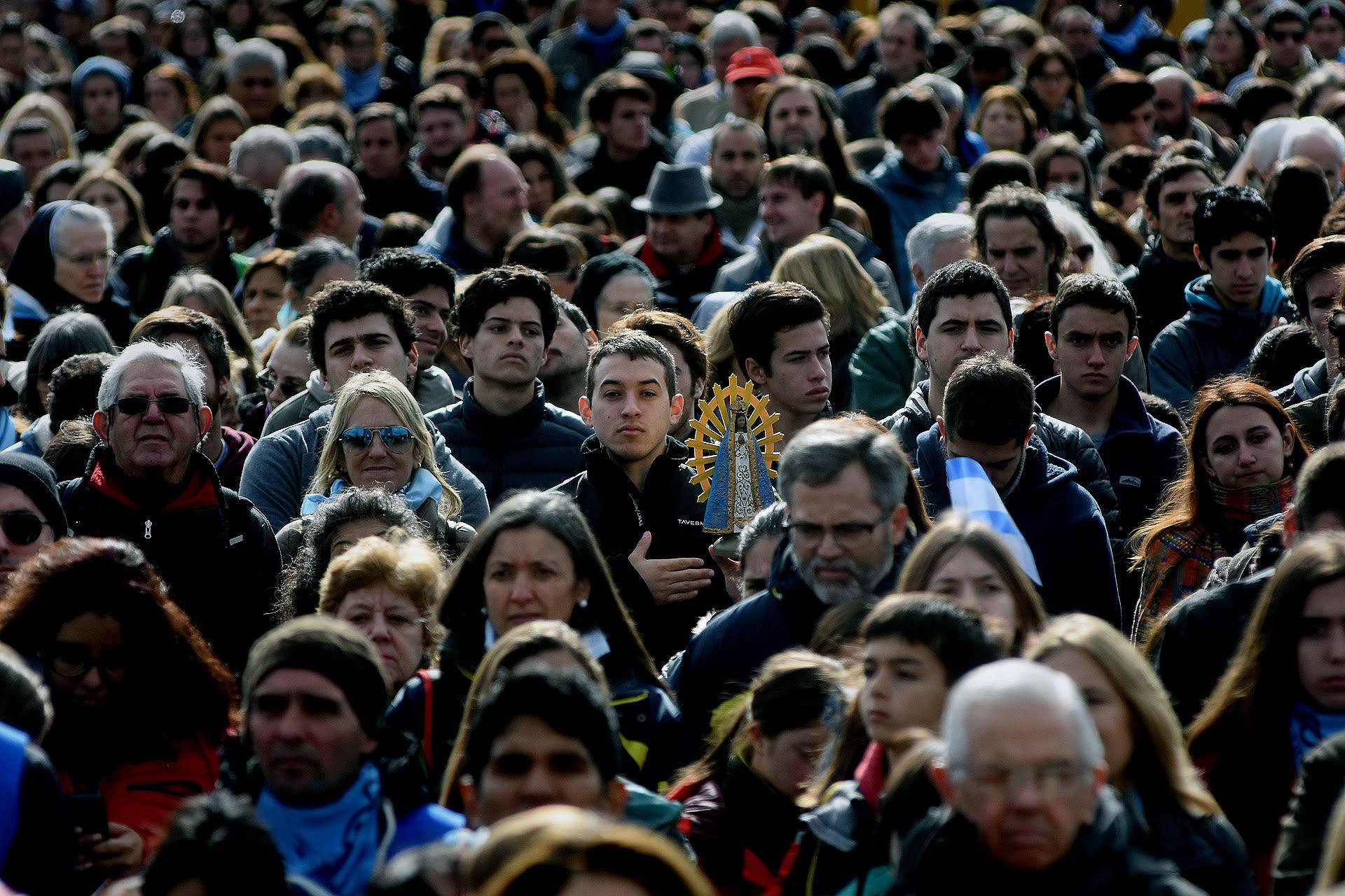 """""""Misa por la vida"""" celebrada en Luján contra la despenalización del aborto (Nicolás Stulberg)"""