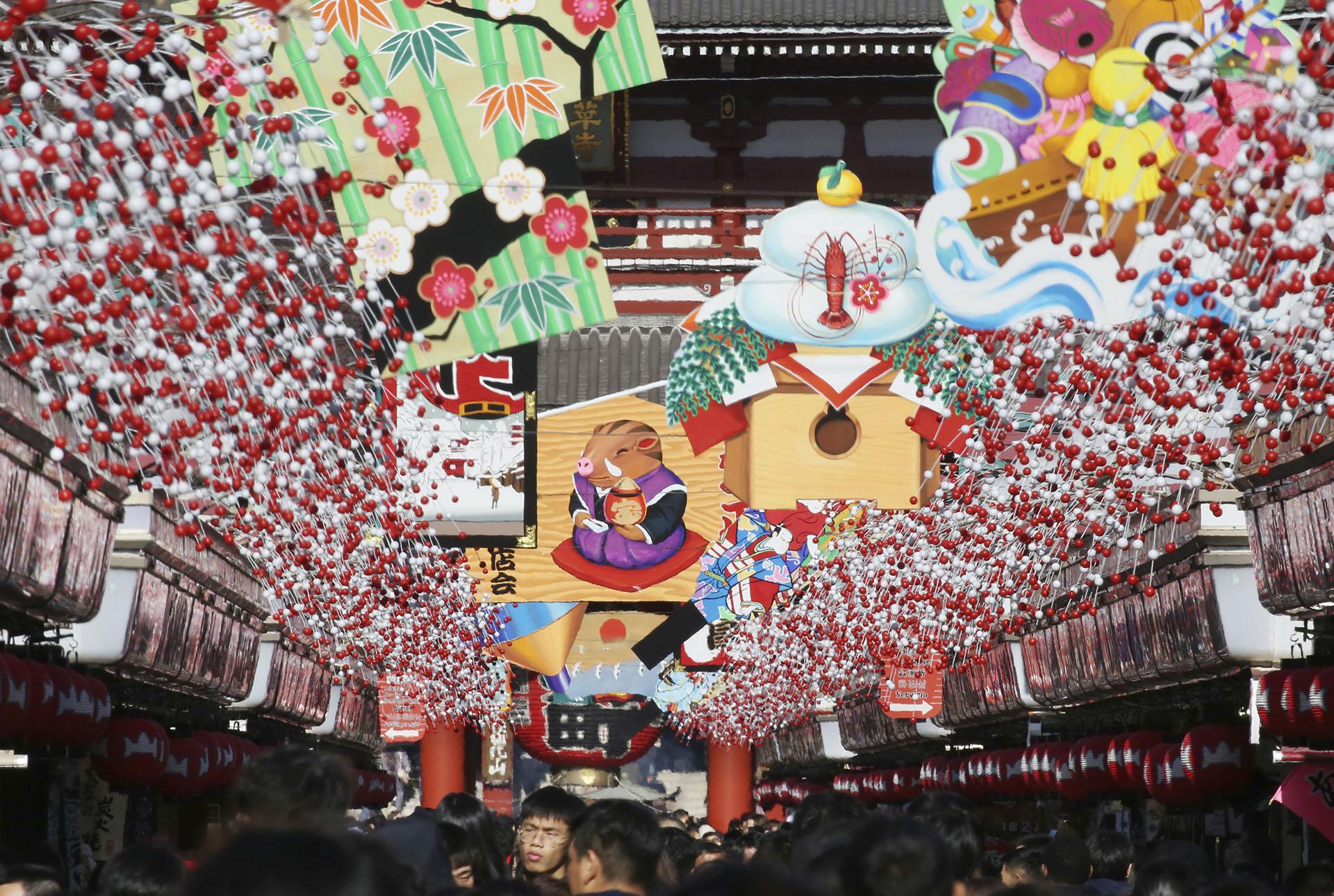 El templo budista Asakusa Sensoji en Tokio