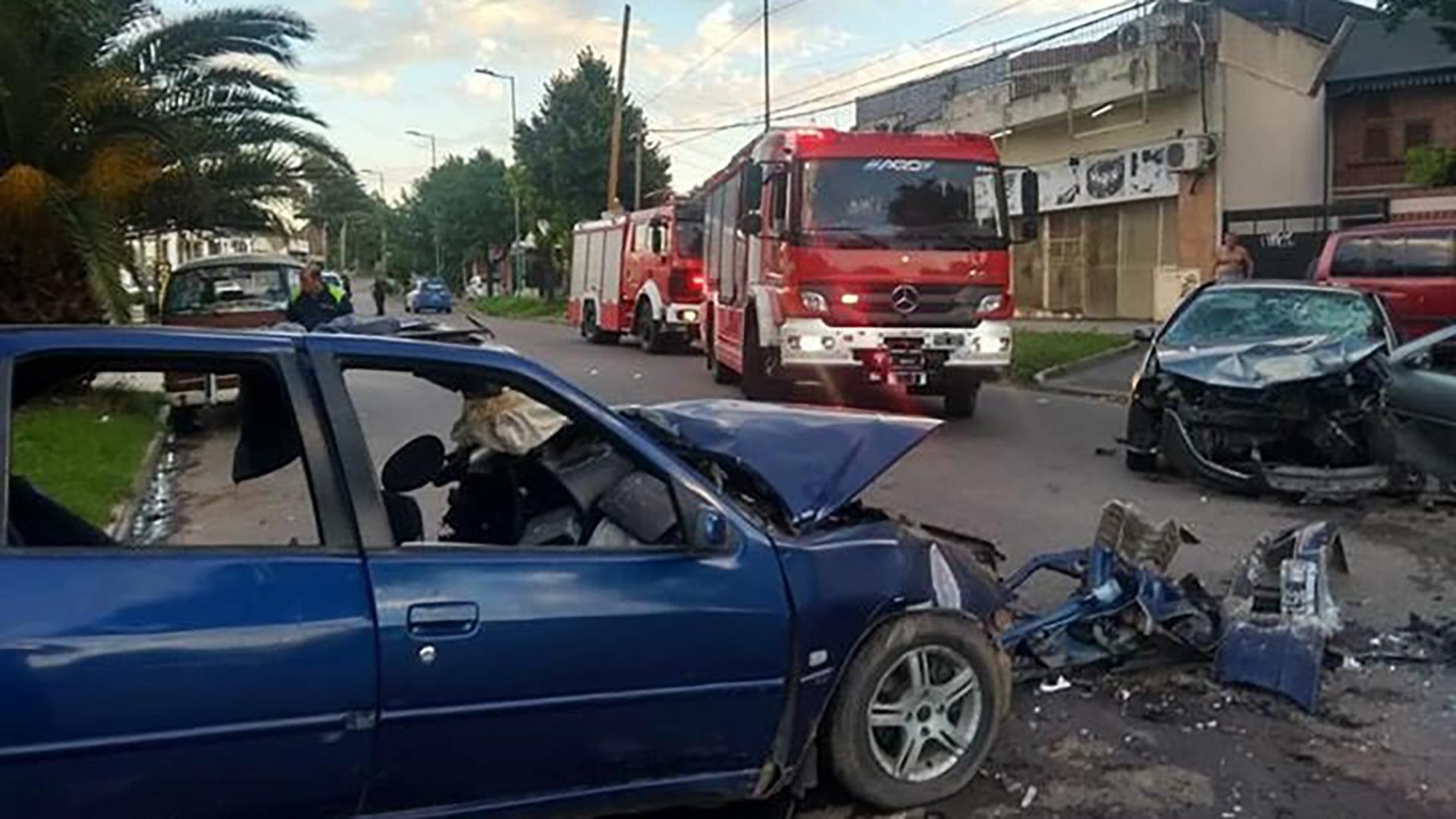 Según los testigo, los vehículos circulaban a alta velocidad.