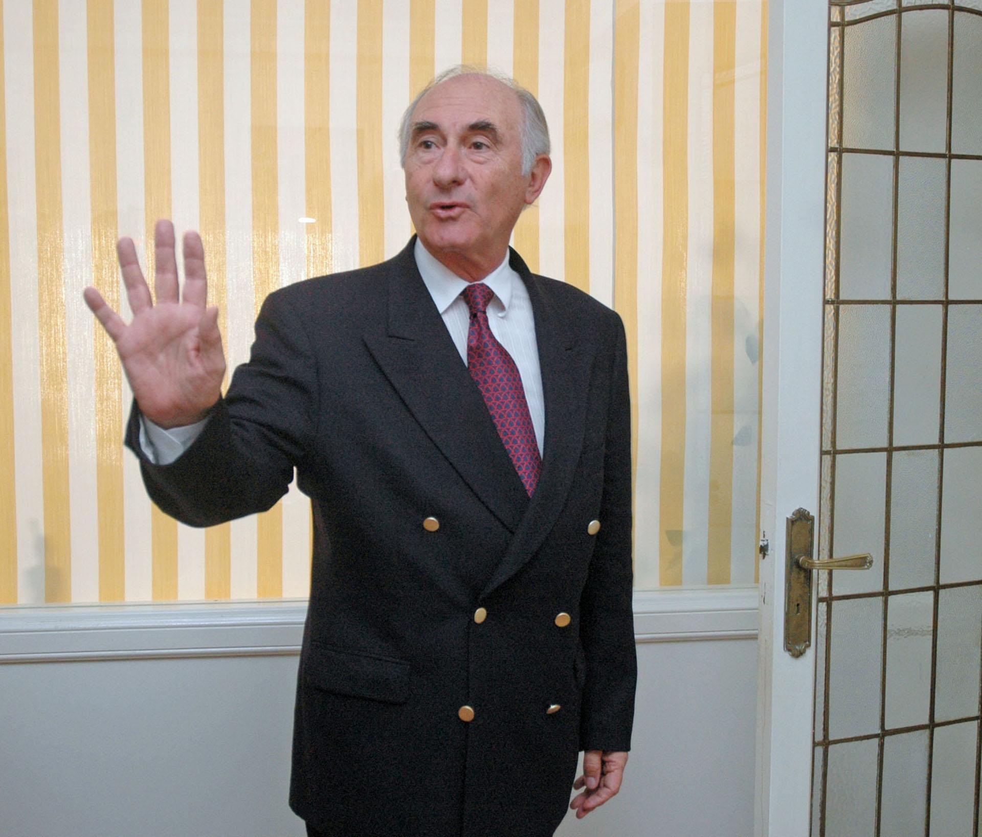 El miércoles 19 de diciembre a las siete de la tarde, el presidente Fernando de la Rúa había declarado el estado de sitio por 30 días. Fue la antesala de la las jornadas trágicas del 20 y 21 de diciembre