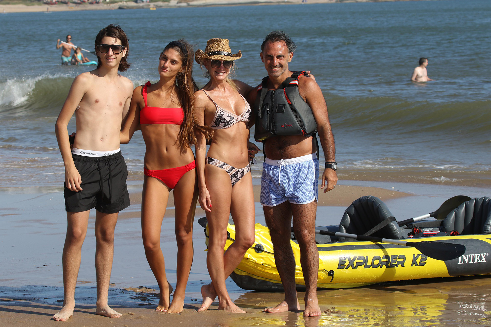 Diego y Yanina Latorre disfrutan de unas vacaciones en familia en el país vecino, luego de un año intenso (GM Press)
