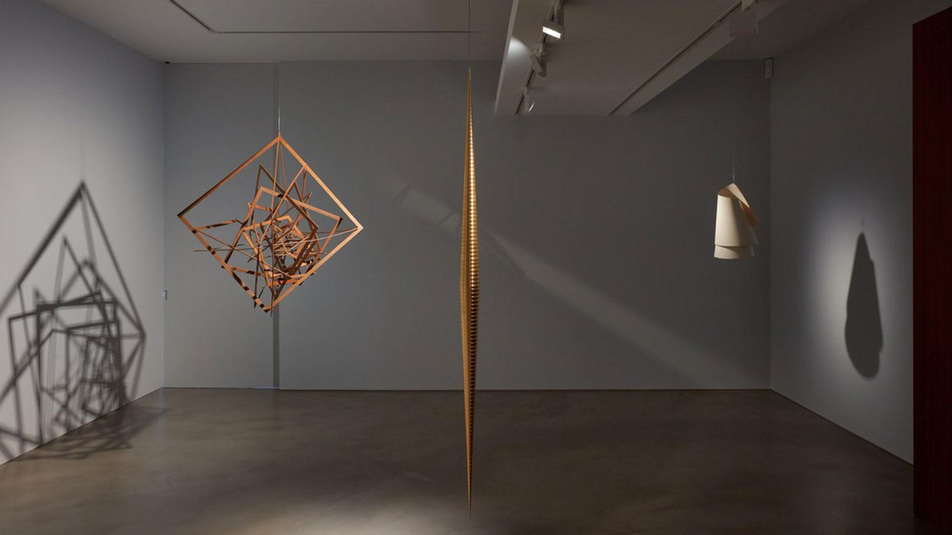 """""""Suspensión"""", en la galería londinense Olivier Malingue"""