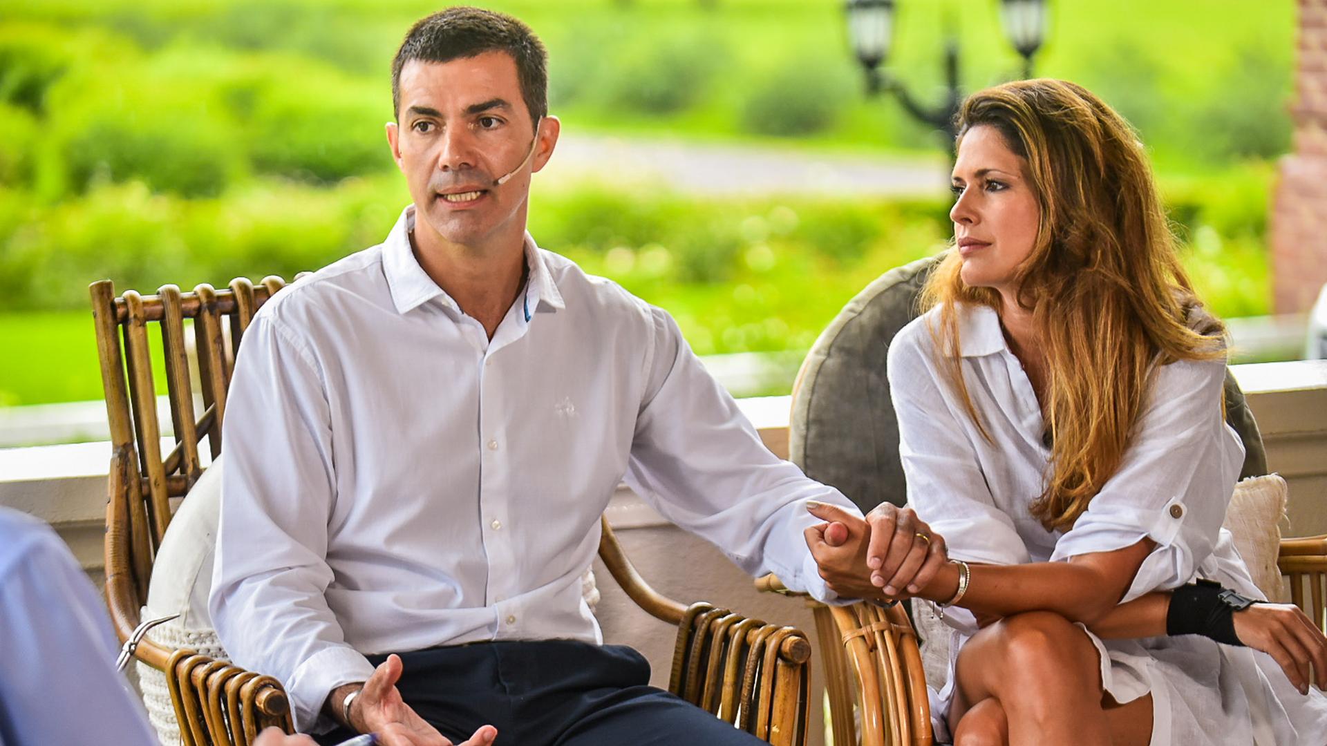 En la entrevista se sumó la esposa del gobernador salteño, Isabel Macedo