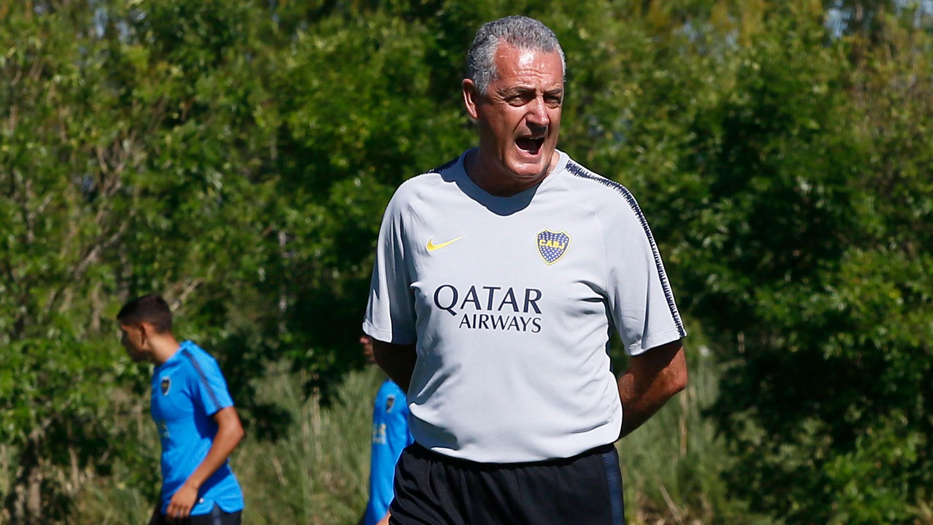 Gustavo Alfaro quiere volver a tener a Iván Marcone. Ambos fueron campeones en Arsenal (Prensa Boca)