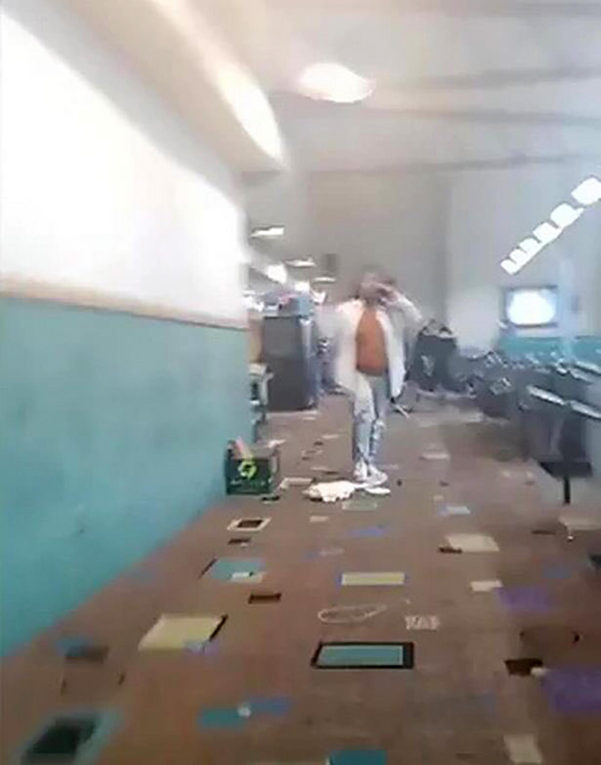 El interior del bowling (@bestgug)