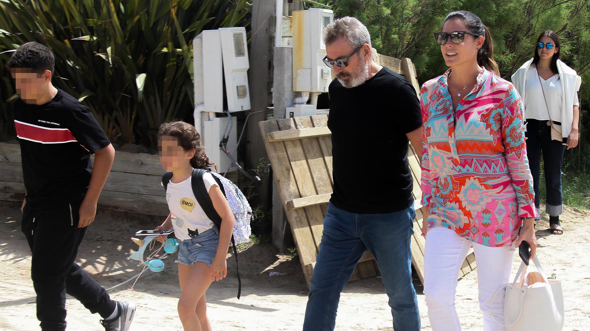 Felipe, Lola, Daniel Vila y Pamela David