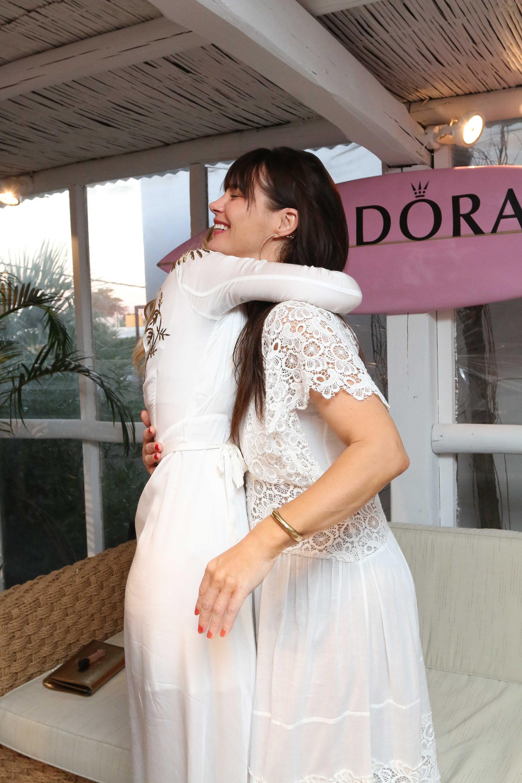 La actriz es la madre de la modelo Camila Morrone, quien también vive en Los Estados y está de novia con Leonardo Di Caprio